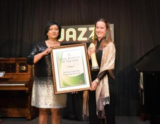 Tanya Hulse accepting award